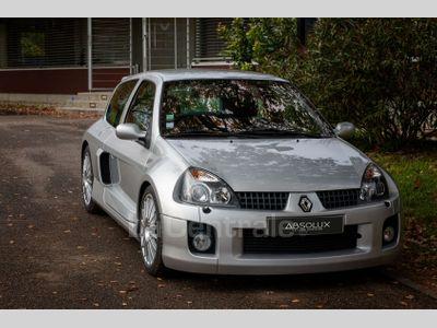RENAULT CLIO 2 V6 RS occasion